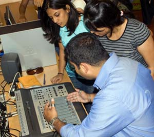 best journalism college in bangalore